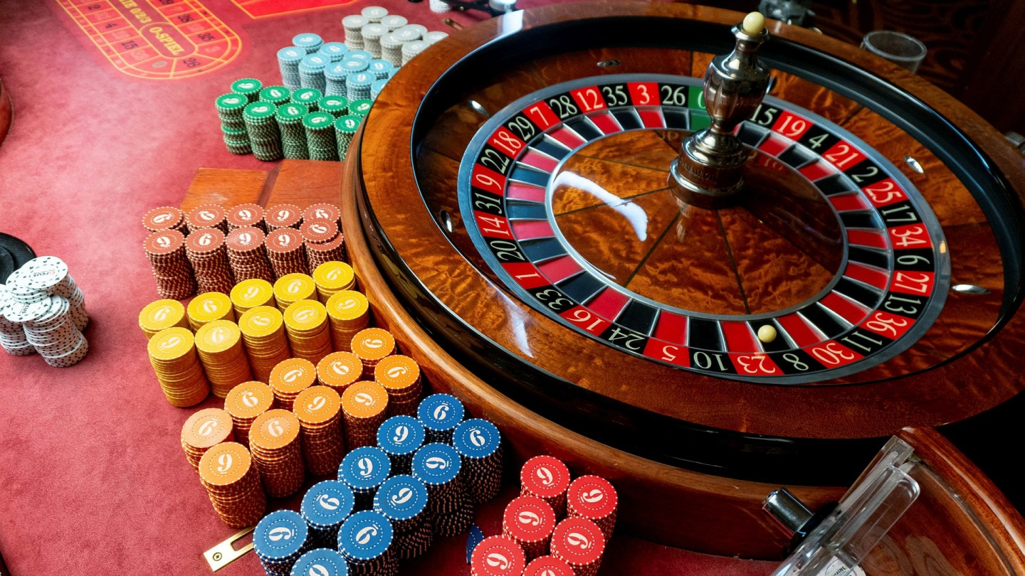 You Do Not Need To Be A Huge Firm To Start Online Casino